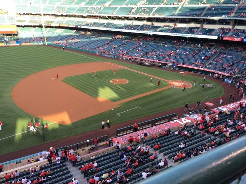 Seating view for Angel Stadium Section V410 Row A Seat 15