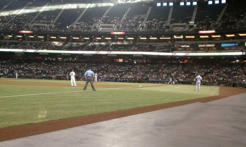 Seating view for Chase Field Section 132 Row 1 Seat 14