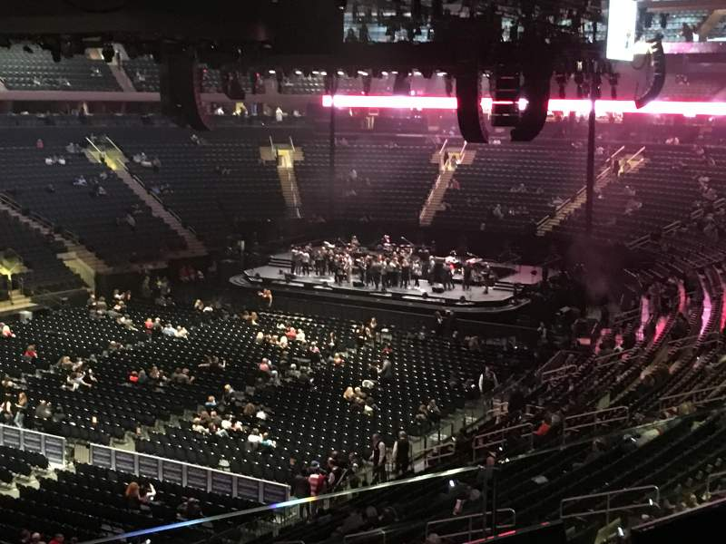 Madison Square Garden, section: 208, row: 2, seat: 1
