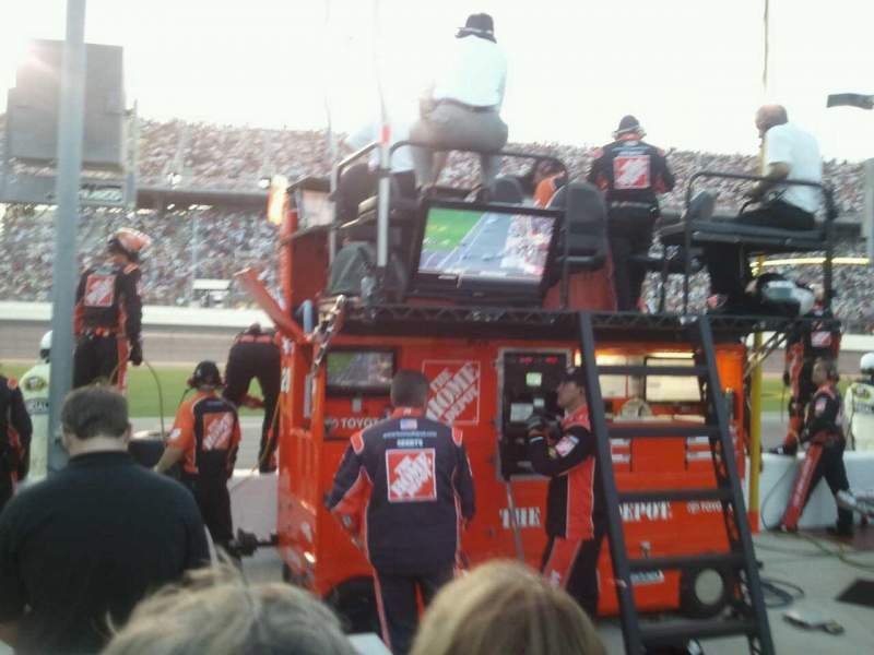 Seating view for Daytona International Speedway Section Pit Row Row Seat 1