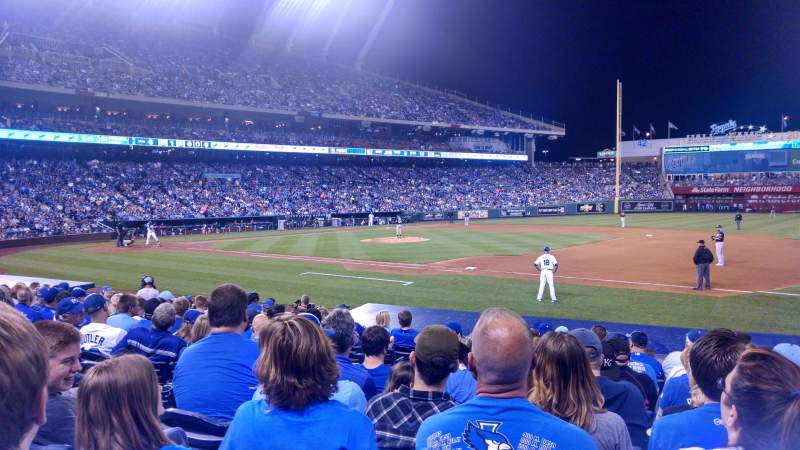 Seating view for Kauffman Stadium Section 138 Row l Seat 5
