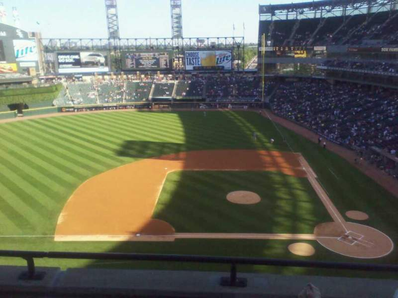 Seating view for Guaranteed Rate Field Section 538 Row 3 Seat 7