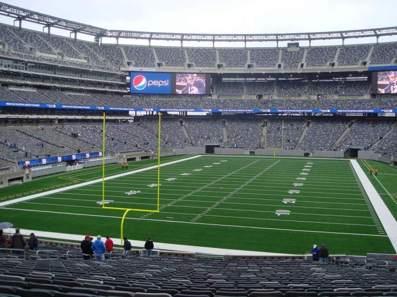Seating view for MetLife Stadium Section 124 Row 37