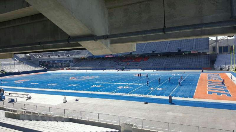 Albertsons Stadium, section: 20, row: W, seat: 1