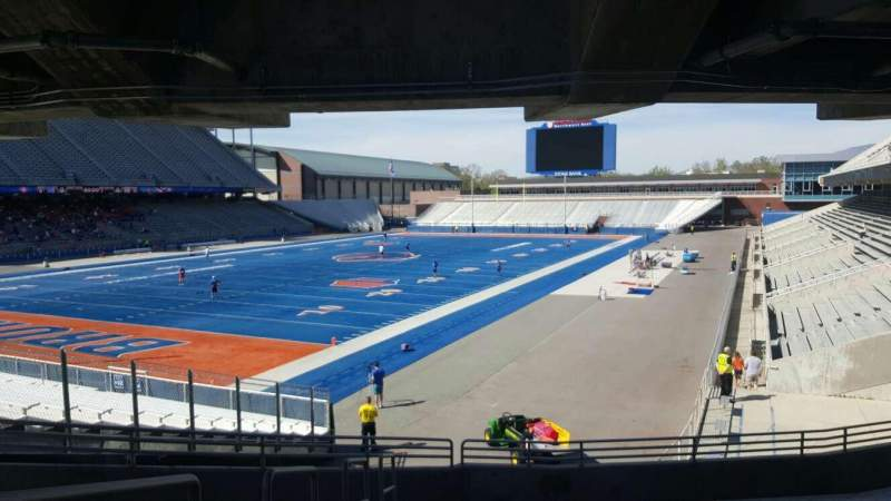 Seating view for Albertsons Stadium Section 29 Row V Seat 17