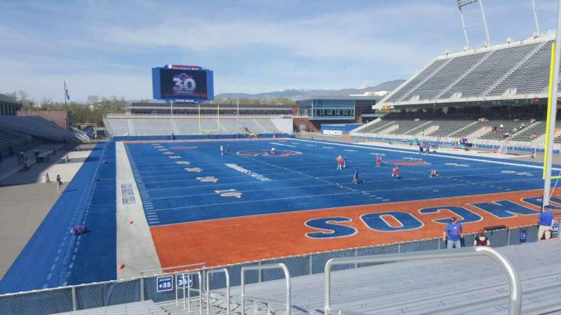 Seating view for Albertsons Stadium Section 35 Row Q Seat 2