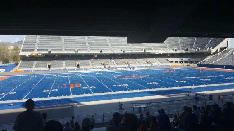 Seating view for Albertsons Stadium Section 9 Row V Seat 33