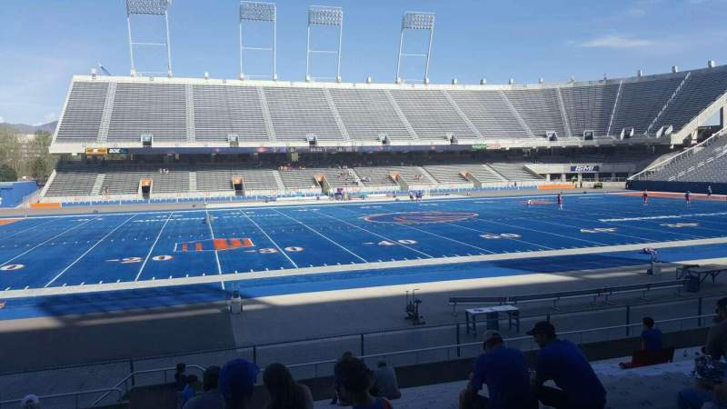Seating view for Albertsons Stadium Section 9 Row O Seat 33