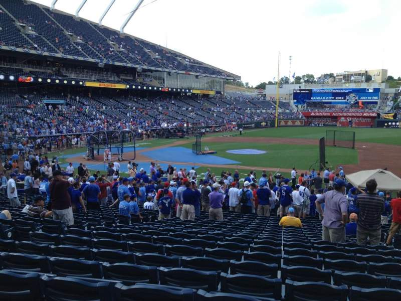 Seating view for Kauffman Stadium Section 135 Row X Seat 6