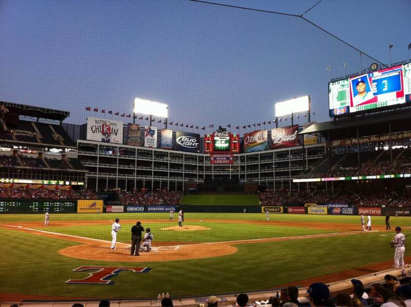 Seating view for Globe Life Park in Arlington Section 25L Row 6 Seat 21