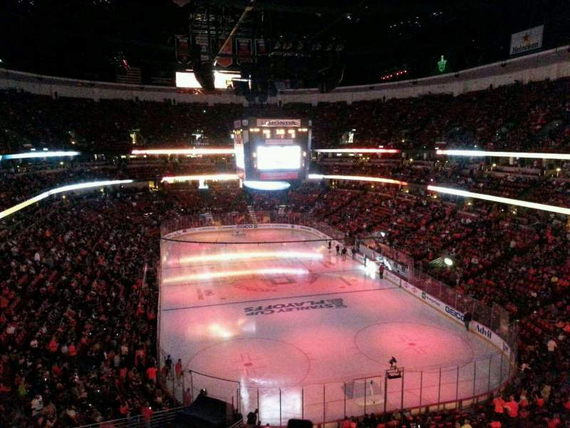 Honda Center, section: 424, row: C, seat: 11