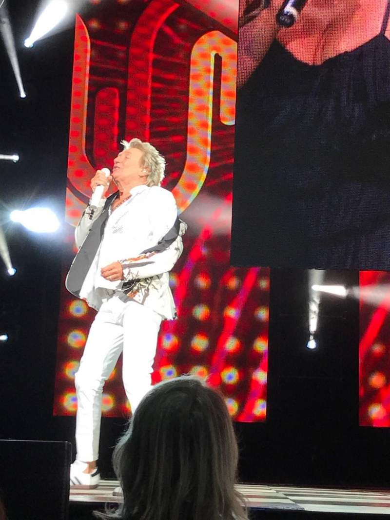 Hollywood Casino Amphitheatre (Tinley Park), section: 103, row: C, seat: 34