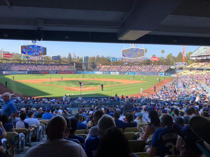 Seating view for Dodger Stadium Section 2FD Row DR Seat 1