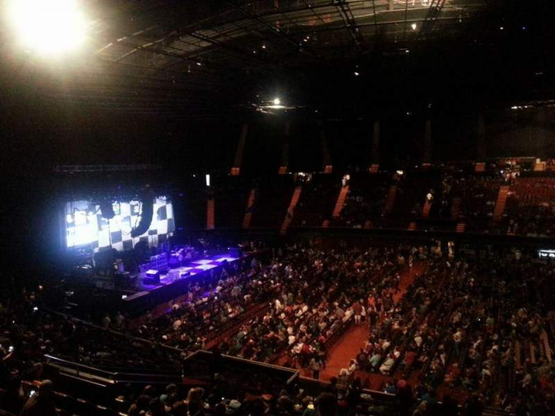 The Forum, section: Box 228, row: 1, seat: 4