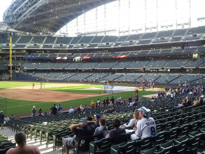 Seating view for Miller Park Section 126 Row 25 Seat 3