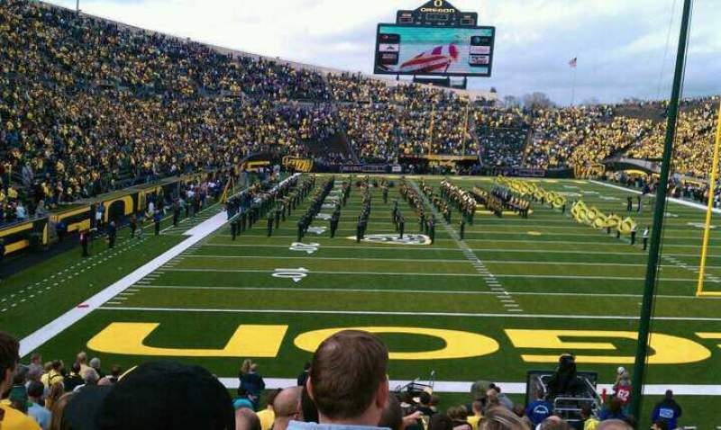 Seating view for Autzen Stadium Section 22 Row 23 Seat 11
