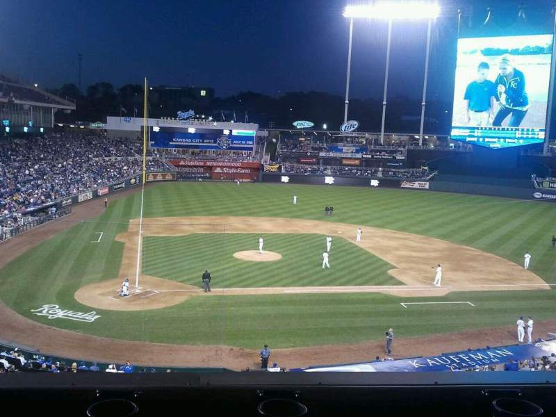 Seating view for Kauffman Stadium Section 312 Row B Seat 15