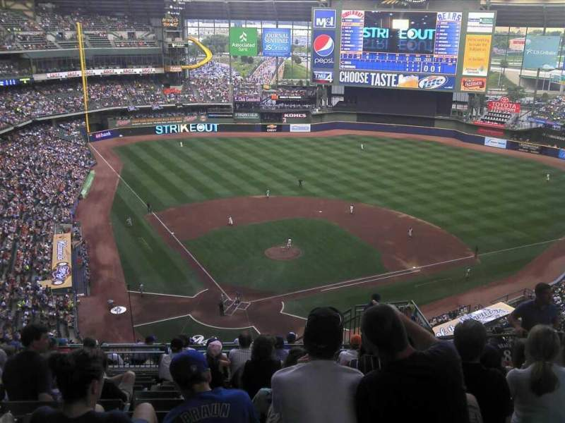 Seating view for Miller Park Section 420 Row 21 Seat 19
