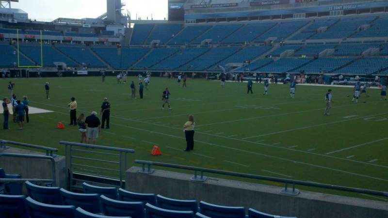 Seating view for Everbank Field Section 131 Row F Seat 11