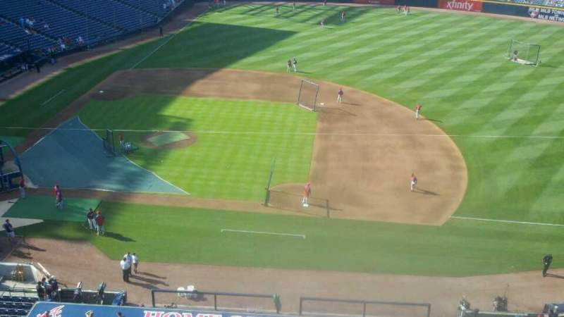 Seating view for Turner Field Section 411 Row 1 Seat 11
