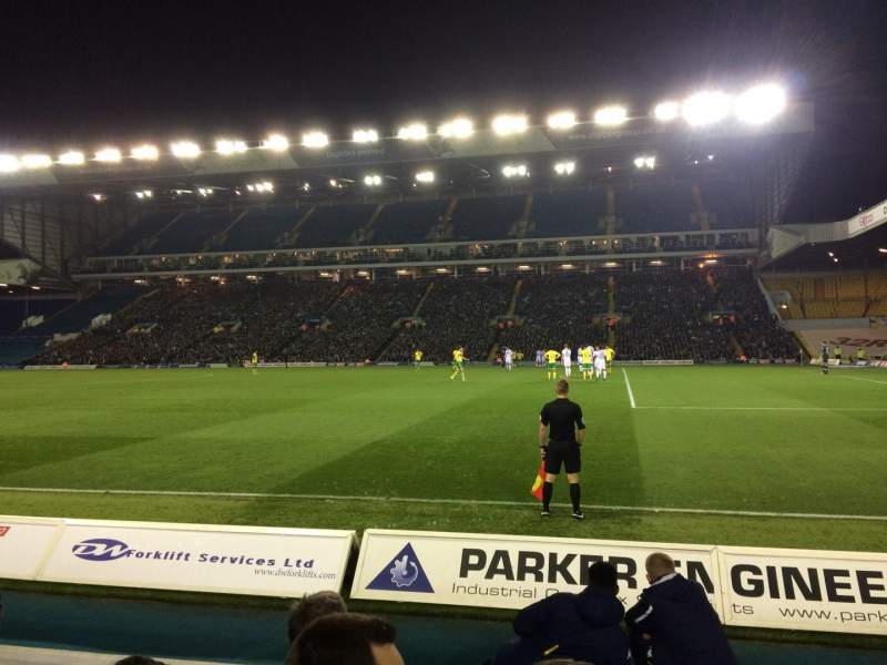 Seating view for Elland Road Section C17 Row CC Seat 72