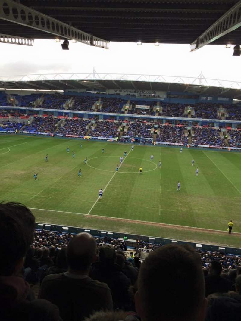Seating view for Madejski Stadium Section Y22 Row KK Seat 136
