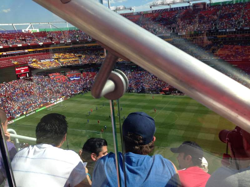Seating view for FedEx Field Section 425 Row 4 Seat 19