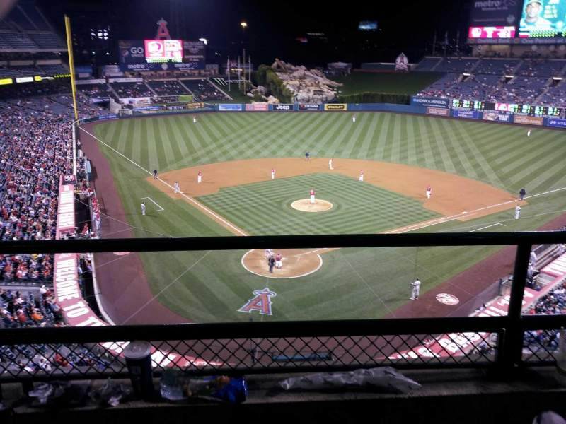 Seating view for Angel Stadium Section V420 Row B Seat 3