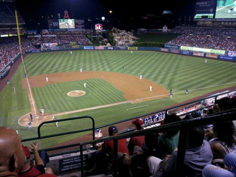 Seating view for Angel Stadium Section V422 Row E Seat 16