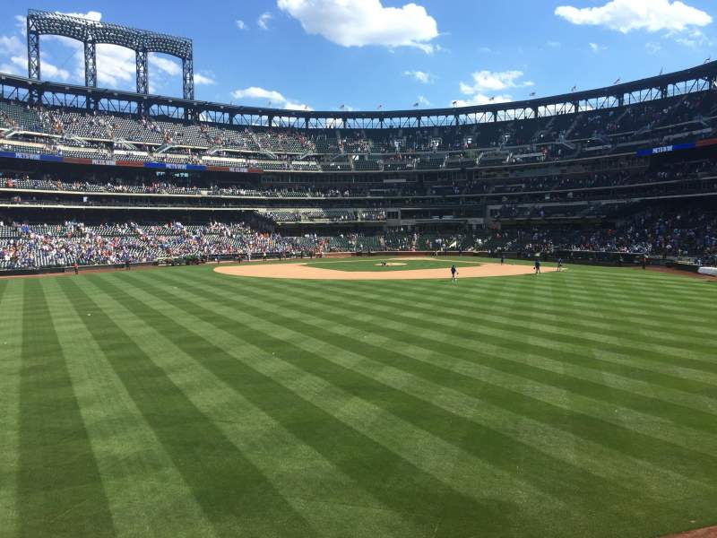 Seating view for Citi Field Section 138 Row 1 Seat 8