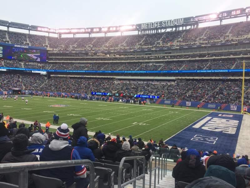 Metlife Stadium, section: 133, row: 24, seat: 23