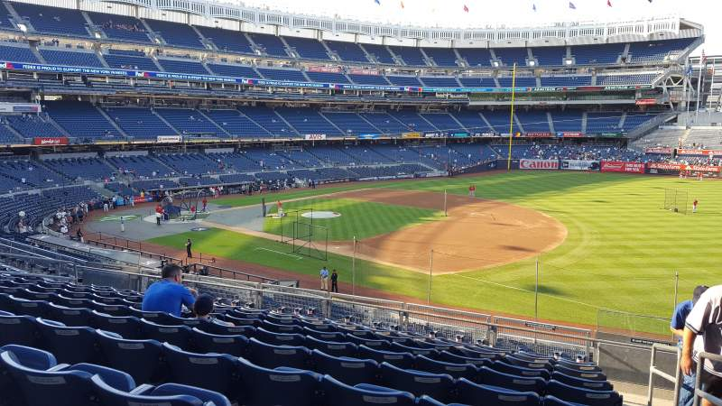 Seating view for Yankee Stadium Section 213 Row 10 Seat 1