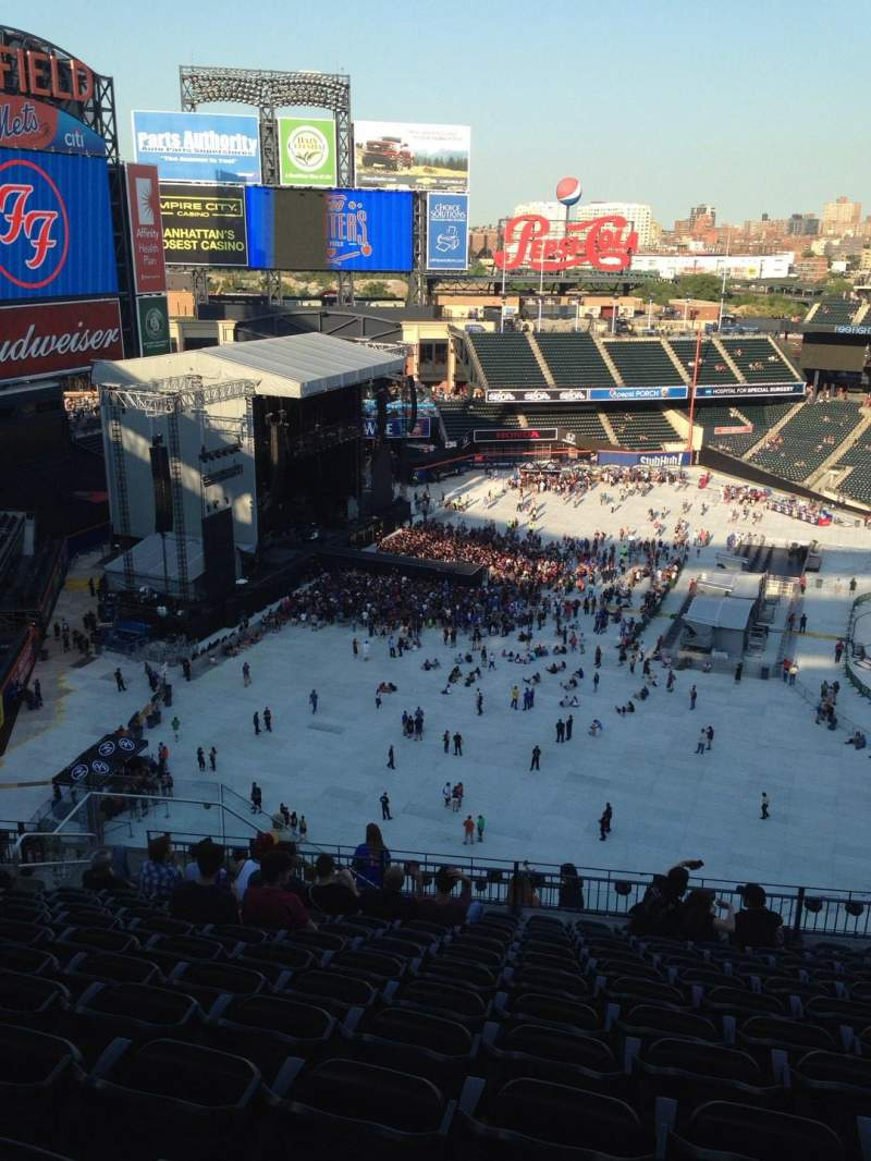 Seating view for Citi Field Section 527 Row 13 Seat 16