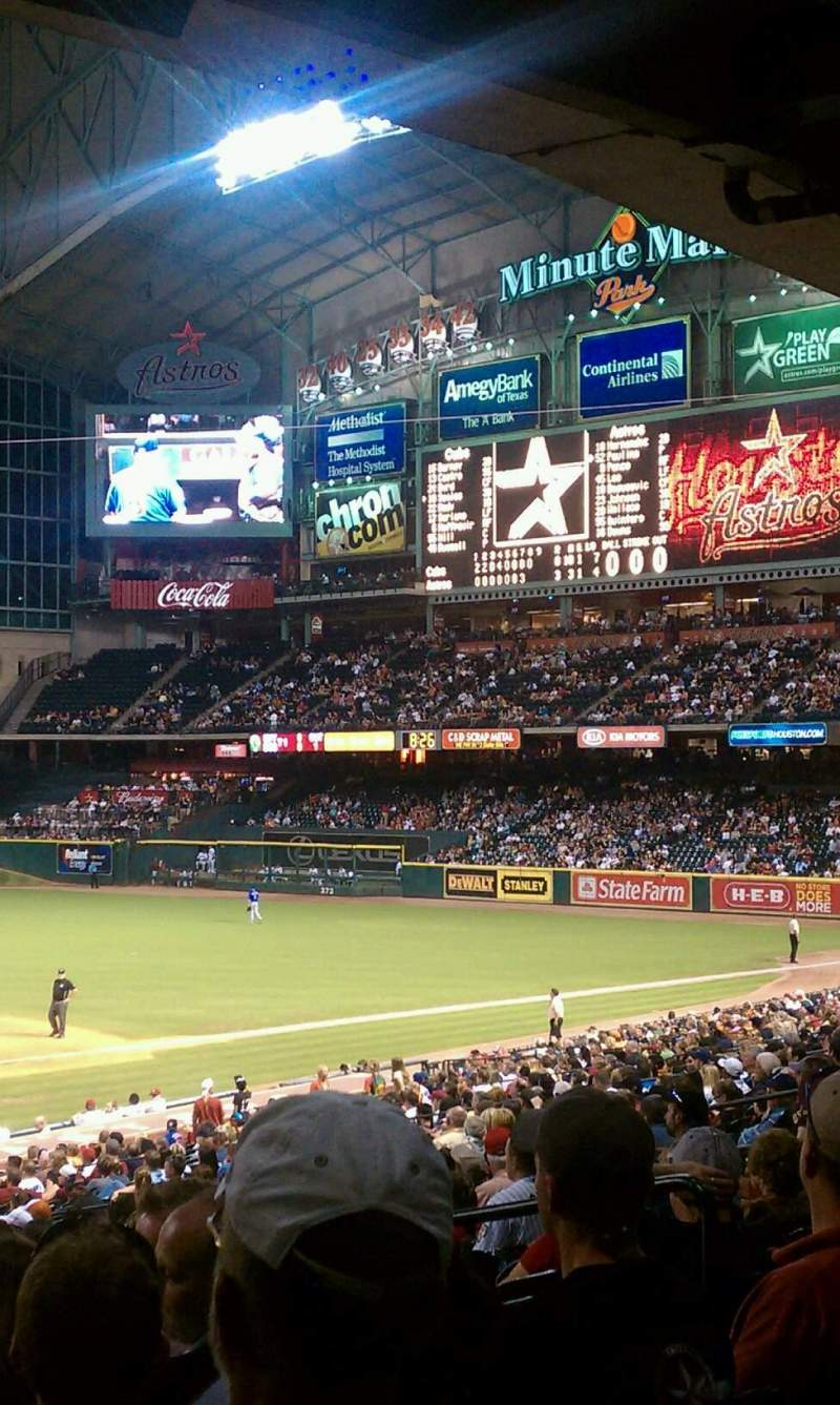 Seating view for Minute Maid Park Section 122 Row 30 Seat 32