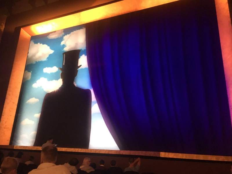 Lunt-Fontanne Theatre, section: ORCH, row: J, seat: 2