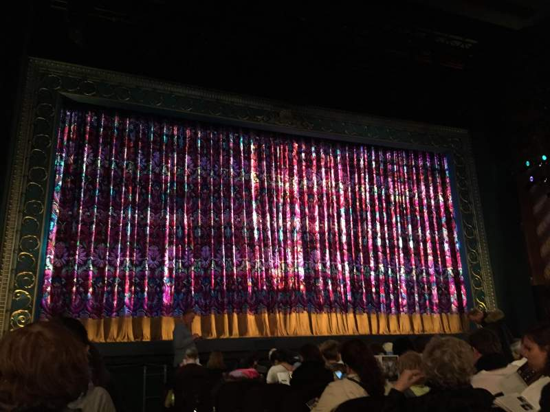 Seating view for Lunt-Fontanne Theatre Section Orchestra L Row M Seat 1