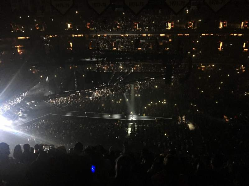 Capital One Arena, section: 400, row: K, seat: 11