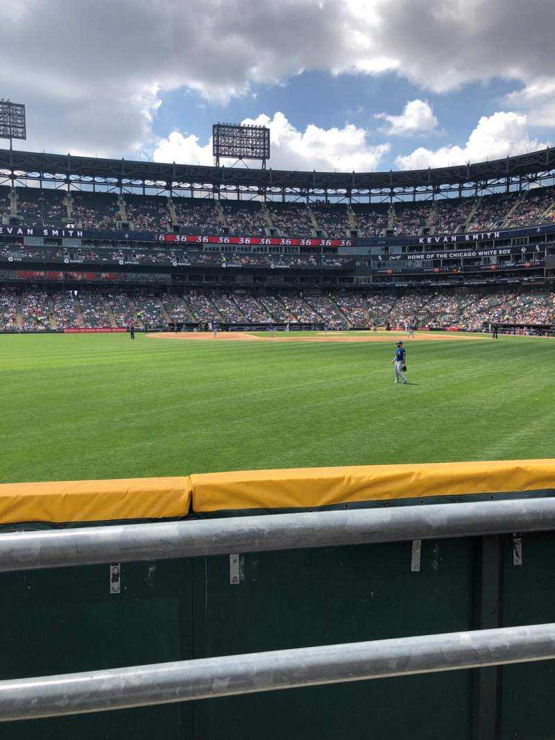 Guaranteed Rate Field, section: 160, row: 1, seat: 6