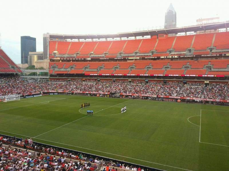 Seating view for FirstEnergy Stadium Section 336 Row 1 Seat 18