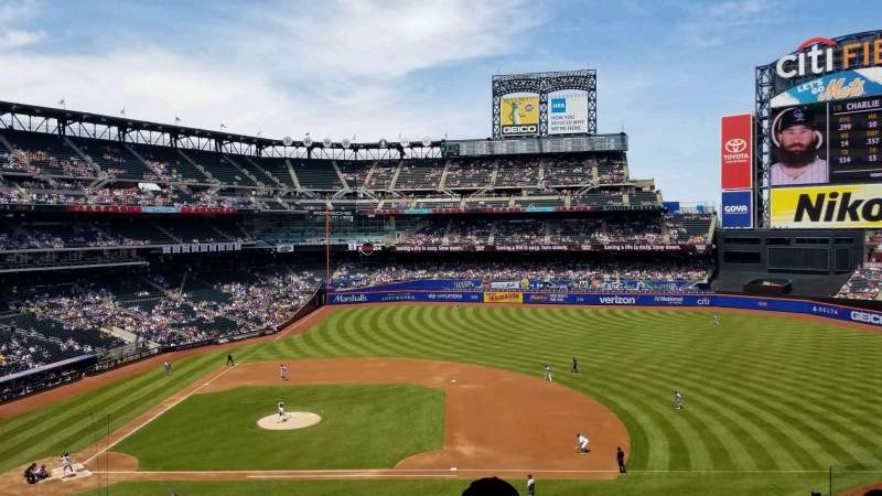 Seating view for Citi Field Section 311 Row 6 Seat 2