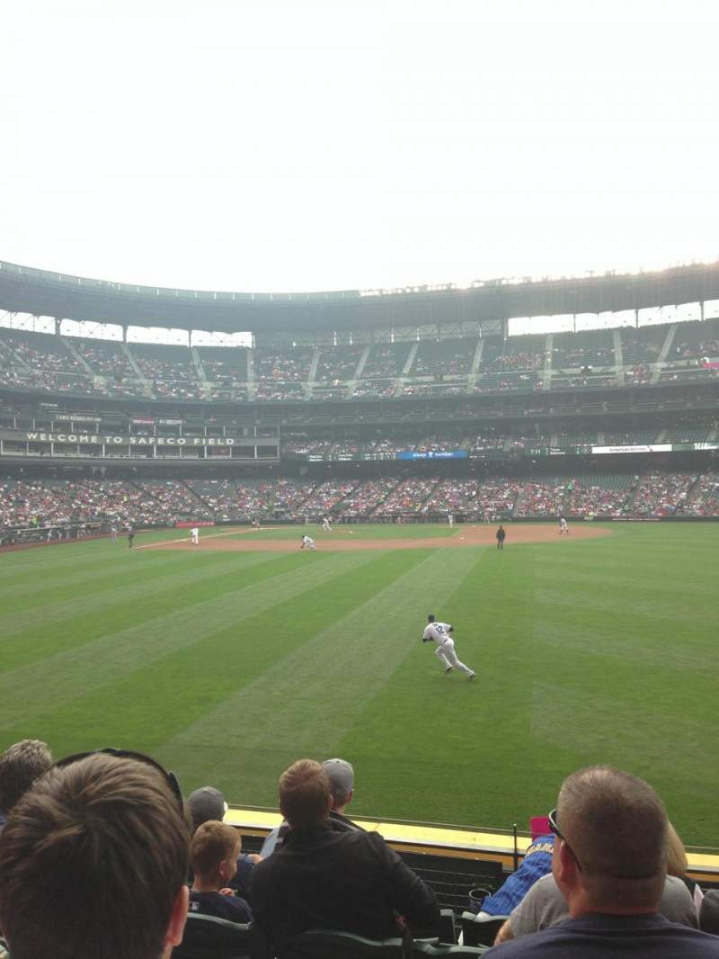 Seating view for Safeco Field Section 107 Row 4