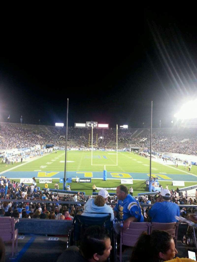 Seating view for Rose Bowl Section 11-H Row 33 Seat 108