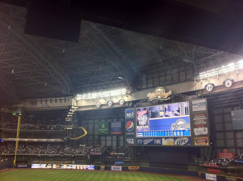 Seating view for Miller Park Section 209 Row 16 Seat 8