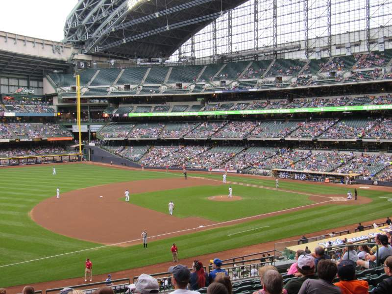 Seating view for Miller Park Section 227 Row 11 Seat 13
