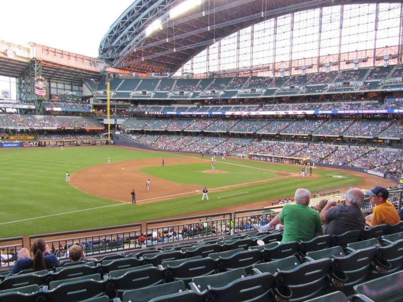 Seating view for Miller Park Section 227 Row 6 Seat 11