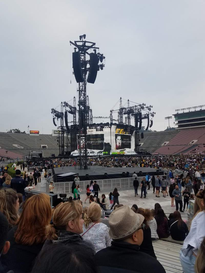 Seating view for Rose Bowl Section 9-H Row 10 Seat 109