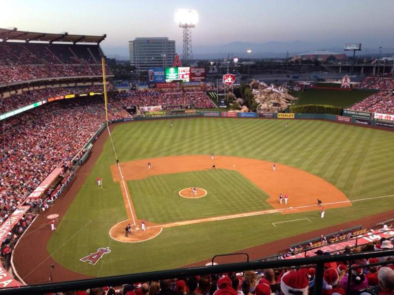 Seating view for Angel Stadium Section V524 Row A Seat 20