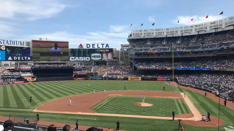 Seating view for Yankee Stadium Section 223 Row 7 Seat 7