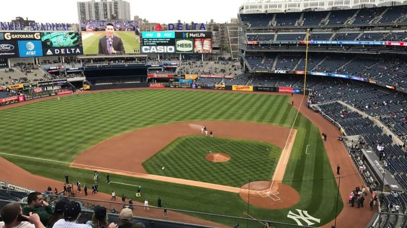 Seating view for Yankee Stadium Section 322 Row 6 Seat 4