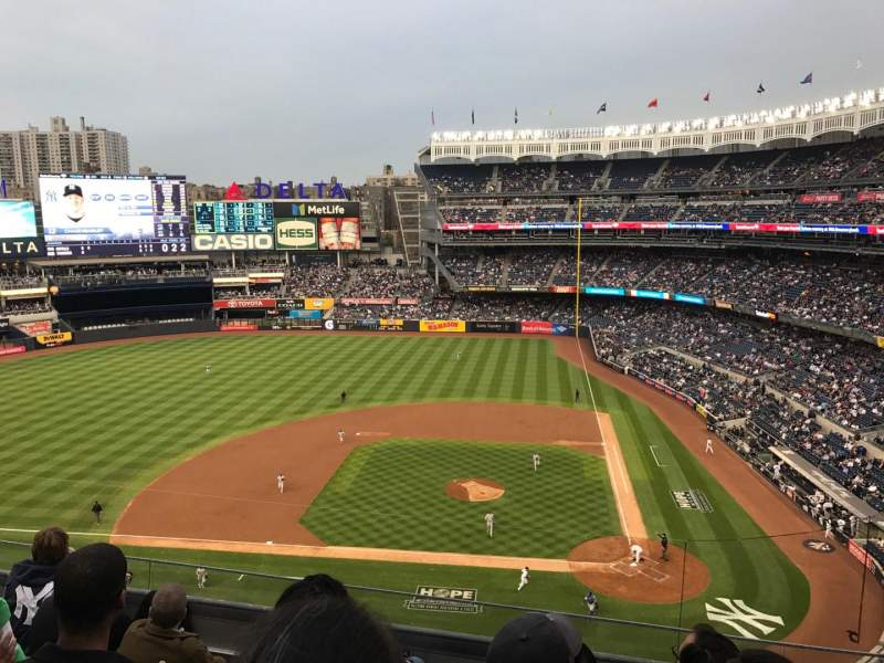 Seating view for Yankee Stadium Section 323 Row 5 Seat 8